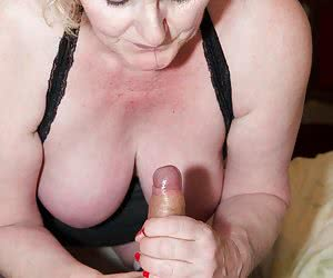 Hi Guys, I had just started to get it on with that Hot Stud George Horne he was giving my Pussy a good Tonguing when In