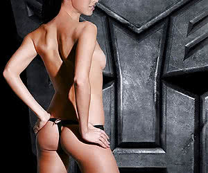 Megan Fox easily transforms from hot actress into nude model