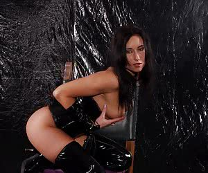 Hot Leather Girls