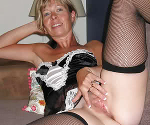 Homamade lady in sexy Lingerie gall
