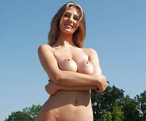 outdoor amature sex pussy cunt