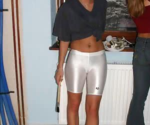 Sporty Girls - sexy girls dressed in sportswear, fitness dress, workout clothes & gym shorts