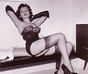Nothing can prevent experienced seductresses in retro lingerie from making showoffs again