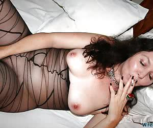 Naked pictures from mature wife Bianca